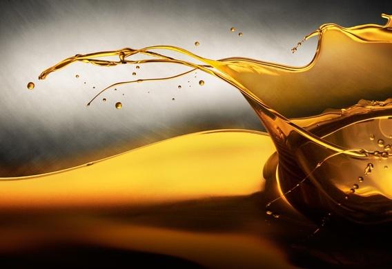 Моторное масло и еще 4 жидкости, которые нужно регулярно менять в автомобиле